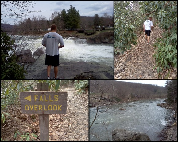 Hiking at Ohio Pyle 4-10-133